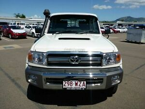 2013 Toyota Landcruiser VDJ79R MY13 GXL Double Cab White 5 Speed Manual Cab Chassis Vincent Townsville City Preview