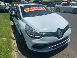 2013 Renault Clio IV B98 R.S. 200 EDC Sport White 6 Speed Sports Automatic Dual Clutch Hatchback Dandenong Greater Dandenong Preview