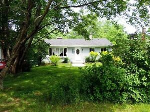 LIVE IN BEDFORD AND HAVE A FANTASTIC PRIVATE, LARGE LOT!