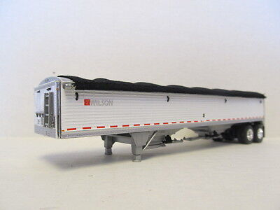 DCP 1/64 SCALE WILSON GRAIN TRAILER (HOPPER BOTTOM)  WHITE, SILVER HOPPERS