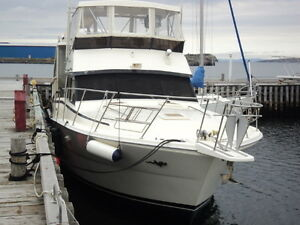 44' Viking Aft Cabin **WELL MAINTAINED** Reduced