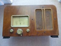 1930's KW radio. Not worked since 1959. Looks good as a decorative feature