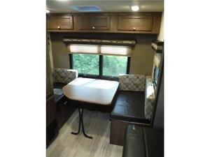 2017 Palomini 179RDS Ultra Lite Travel Trailer with Slideout Stratford Kitchener Area image 7