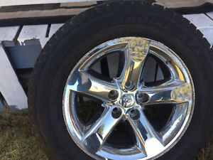 275/60 R 20 SUMMER TIRES WITH DODGE RIMS