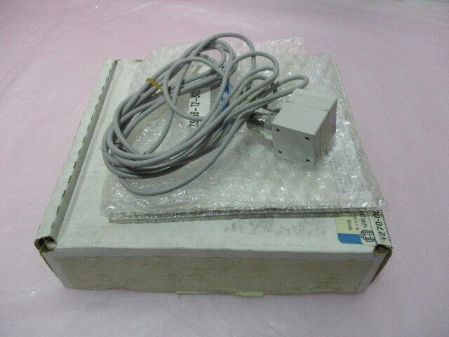 AMAT 1270-00226 SW VAC -100 TO 100KPA 1/4NPT PNP-OUT DGT, 417795