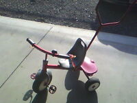 RADIO FLYER TRIKE !!! *** IN MINT CONDITION !!!