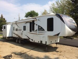 SANDPIPER 365SAQ ***Quad bunks***Outside Kitchen***