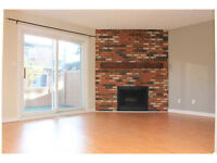 Townhouse with 3 bedrooms steps from park and move in ready!