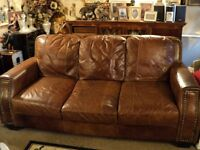 Stunning Leather Sofa in Amazing condition