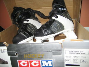 Youth Skates Size 8J Excellent condition