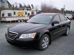 NICE BLACK- 2010 Hyundai Sonata GL!!! manual! heated seats!