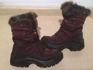 Women's Cougar Insulated Winter Boots Size 8 London Ontario image 1