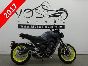 2017 Yamaha FZ-09- Stock #V2589- Free Delivery in the GTA**