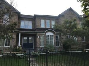 3 Bedrooms Townhouse Home in Mississauga