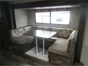 2017 FOREST RIVER GREY WOLF LIMITED 23DBH! BUNKS, SLIDE! $23995! London Ontario image 6