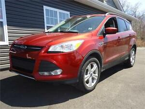 2014 Ford Escape SE, 4WD, ONLY 120KM, MINT