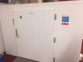VIESSMANN Walk In Freezer W300cm x D600cm x H216cm - Extra wide door