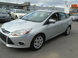 2014 Ford Focus SE Sedan/Heated Seats/Sunroof