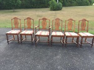 antique walnut diningroom table and 6 chairs Kingston Kingston Area image 5