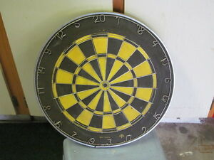 TWO SIDED HEAVY GAUGE PROFESSIONAL DARTBOARD