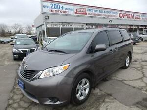 2014 Toyota Sienna LE SLIDING DOORS BACK UP CAMERA BLUETOOTH