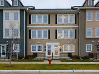 Executive townhouse with view in great Bridgwater location!