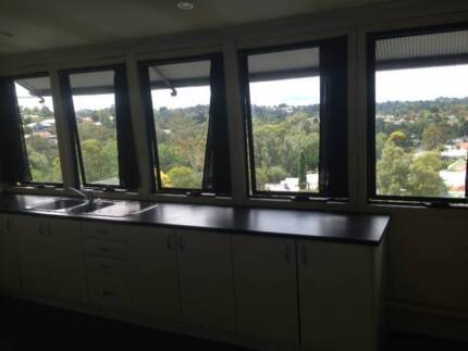 Katoomba 1 brm flat Clean Quite close to town with Great views