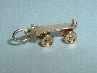 14k Roller - VINTAGE 14k YELLOW GOLD 3D MOVEABLE ROLLER SKATE CHARM