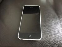 IPhone 5c white unlocked perfect working order can deliver