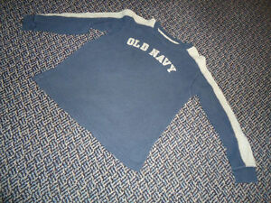 Boys Size 7 ***Old Navy*** Long Sleeve T-Shirt