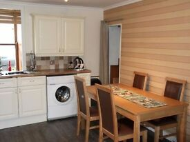 Thurso - central location! 2 bedrooms / farmhouse kitchen 🏠