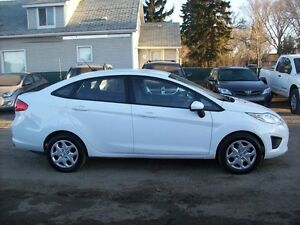 2013 Ford Fiesta SE/4DR/AUTO/$31 WEEKLY/APPLY NOW Edmonton Edmonton Area image 2