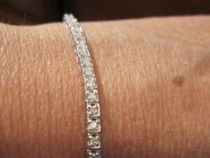 bracelet tennis a diamants 1.20cts