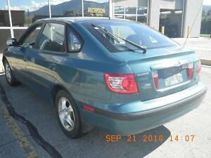 2005 Hyundai Elantra Hatchback for parts or repair