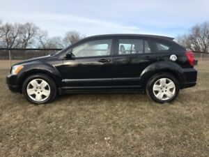 2007 Dodge Caliber SXT- LEATHER AND SUNROOF!