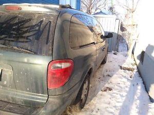 2005 Dodge Caravan Minivan, Van safetied
