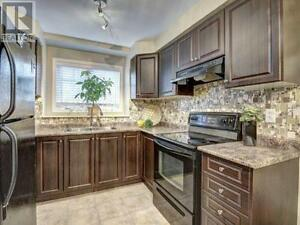 Fabulous 2 Bed/2 Bath Town in Central Milton! Just Listed!!! Oakville / Halton Region Toronto (GTA) image 6