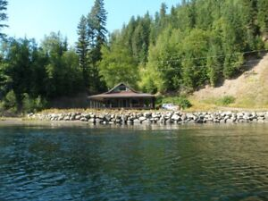 12.4 ac River/Lake Front on Beautiful Quesnel Lake with house