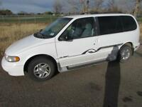 1998 Nissan Quest GSX (ONLY 174,000KMS!)