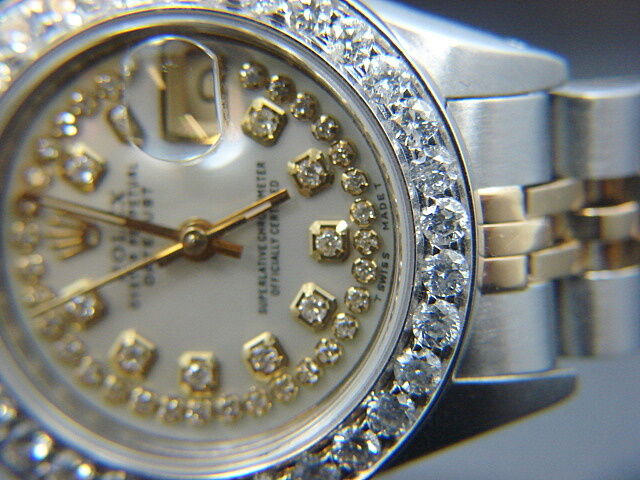 $3050.00 - LADIES ROLEX DATEJUST  WATCH 2.3 CT  GOLD S / S  MOP DIAMOND DIAL BEZEL
