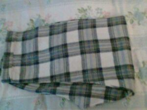 WOMEN ELASTIC WAIST PLAID FLANNEL PANT 2 OF THEM