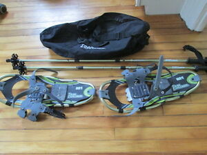 Snowshoes with poles and carry bag Peterborough Peterborough Area image 1