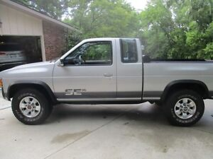 LOOKING for small, 1/4 ton truck