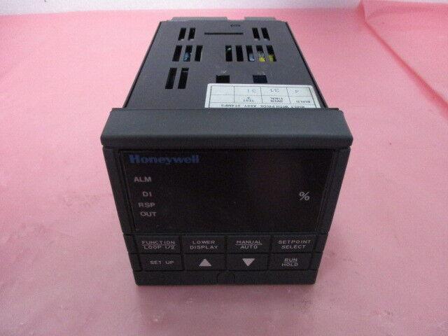 Honeywell UDC3300 Temperature Controller, 424772