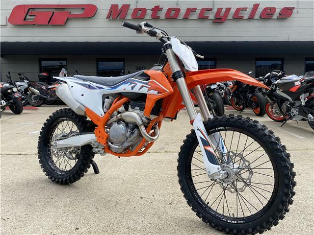 Picture of A 2022 KTM 250 SX-F