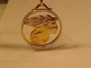 "#3426-18K YELLOW GOLD**LADY JUSTICE** PENDANT 1"" in  Diameter-FREE S/H IN CANADA ONLY-REVERSIBLE-5.1 GRAMS OF 18K ."
