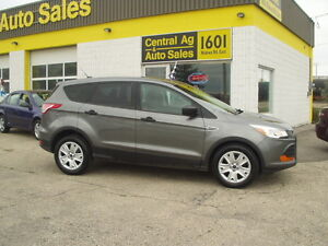 "2014 Ford Escape S  "" FWD ""   HIGHWAY DRIVEN  $12897 + Taxes"