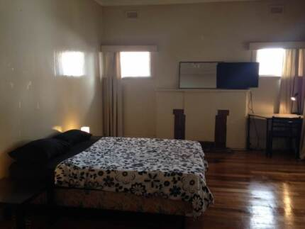 Great cheap and nice room FOR 1 or 2 PEOPLE! St Kilda! All inc St Kilda Port Phillip Preview