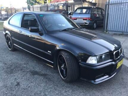 BMW 318I 2000 AUTO AIR POWER STEER REGO MANY EXTRAS DIFFERENT