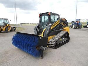 """WildKat 72"""" Broom for Skid Steers - Fits Universal Attach. Plate"""